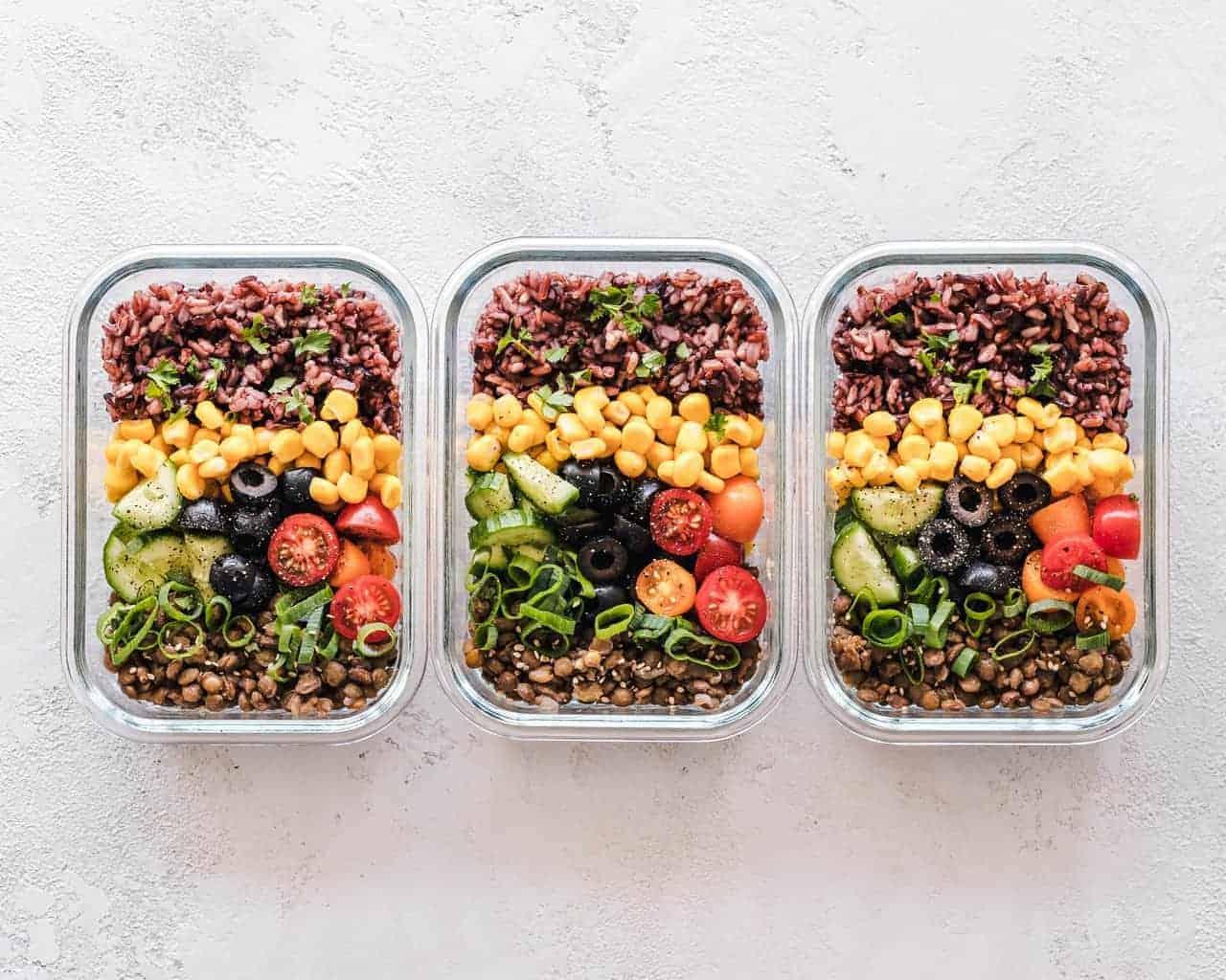 Plastic Meal Prep Tubs vs Glass Meal Prep Tubs